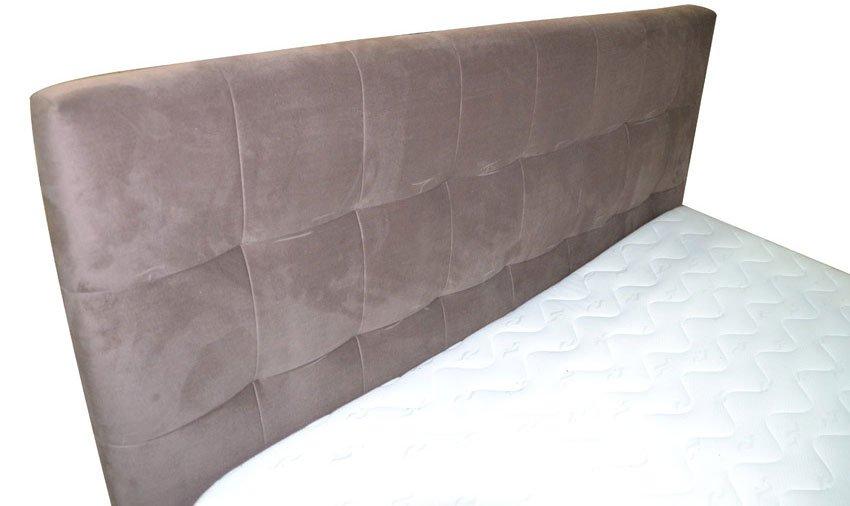 Eleganckie Tapicerowane łóżko Memory Z Pikowanym Wezgłowiem